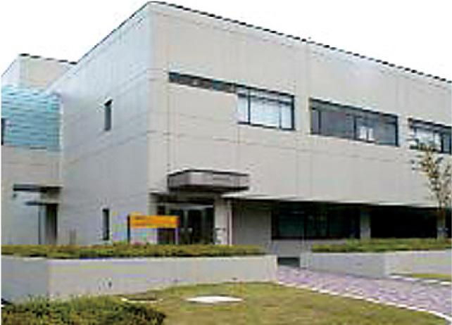 霊長類医科学実験施設
